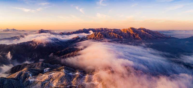 《雪霁大别山》摄影:徐程_副本.jpg