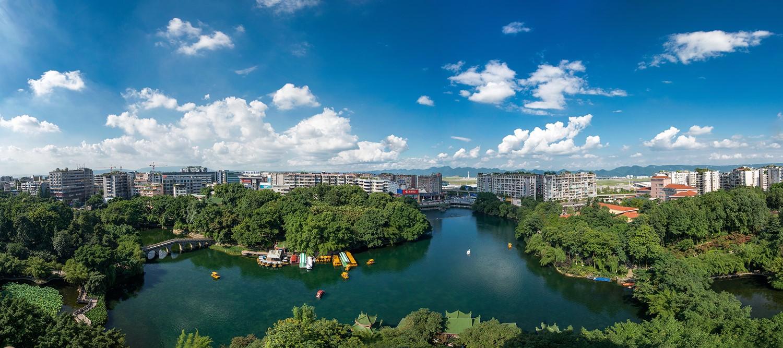 《青青碧津湖》2019年7月拍摄.jpg